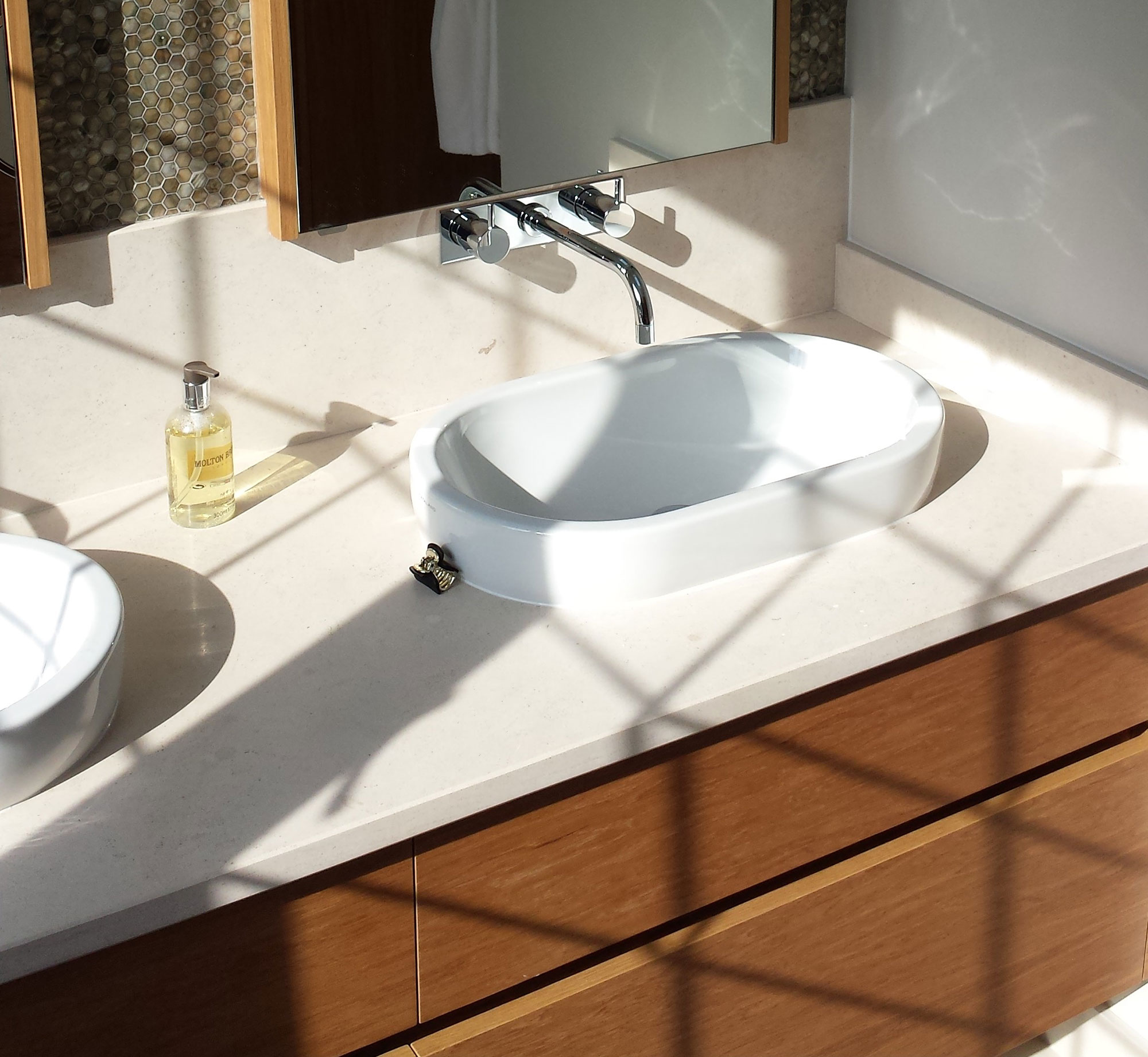 joinery-for-bathroom-furniture2b
